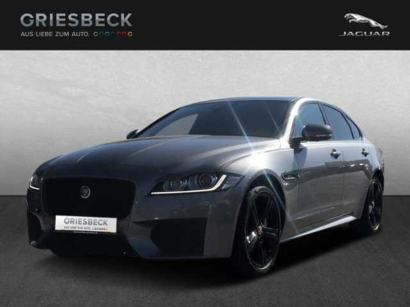 Jaguar XF 25d AWD Chequered Flag Winter Pack Navi